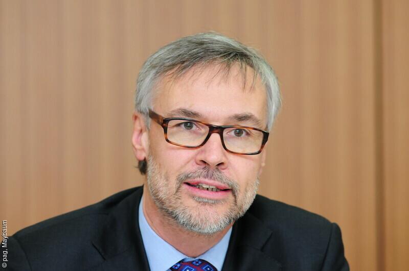 Dr. <b>Thomas Danne</b>, Vorstandsvorsitzender diabetesDE - Deutsche Diabetes-Hilfe <b>...</b> - 25155-2015-10-thomas-danne